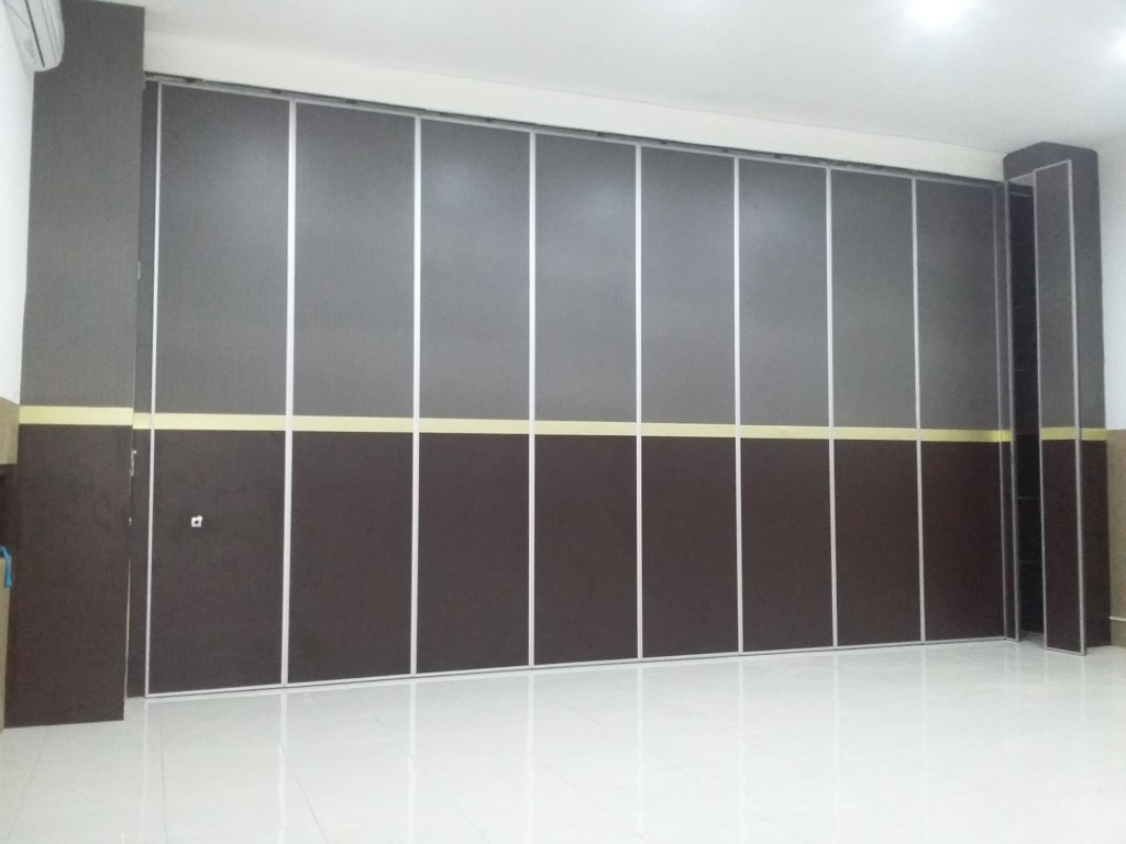 partisi movable wall peredam suara